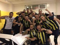 AXA Sigorta Erkekler Kupa Voley: Fenerbahçe: 3 – Galatasaray: 2