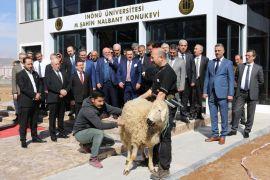 Mehmet Şahin Nalbant Konukevi hizmete girdi