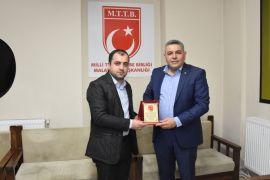 Başkan Sadıkoğlu MTTB Gençliği ile buluştu
