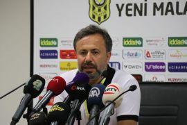 """E.Y. Malatyaspor Teknik Sorumlusu Çalışkan: """"Kazandığımız için mutluyuz"""""""