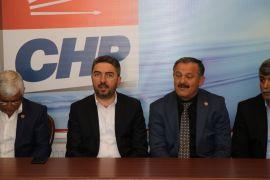 Muhtarlardan CHP'ye ziyaret