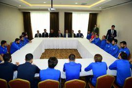 Çınar'dan Yeşilyurt Belediyespor kampına moral ziyareti