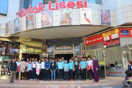 İlkokul öğrencilerinin sinema sevinci