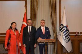 Kanada Büyükelçisinden Vali Baruş'a ziyaret