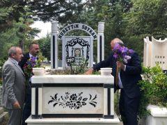 Soykan ölümünün 10. yılında mezarı başında anıldı