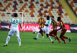 Spor Toto Süper Lig: E. Yeni Malatyaspor: 0 – Bursaspor: 2 (İlk yarı)