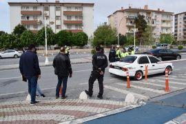 Trafikte çıkan kavgada polisin burnu kırıldı