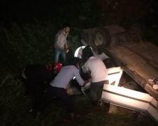 Malatya'da otomobil şarampole yuvarlandı: 1 ölü, 3 yaralı