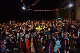 Turgut Özal Üniversitesi ilk mezunlarını verdi