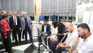 Vali Baruş ve Başkan Güder, vatandaşlarla iftarda buluştu