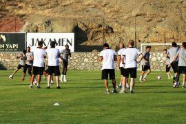 Yeni Malatyaspor ilk antrenmanını yaptı