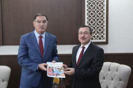 Kamu Başdenetçisi Şeref Malkoç, Rektör Kızılay'ı ziyaret etti