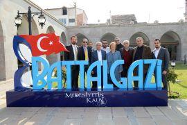 Fenerbahçe yöneticileri, tarihi yerleri gezdi
