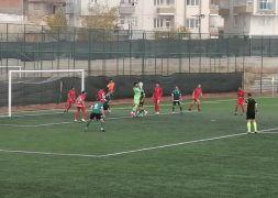 Yeşilyurt Belediyespor sahasında 4-2'lik skorla kazandı