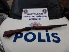 Malatya'da ruhsatsız silah denetimi: 8 gözaltı