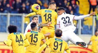 Yeni Malatyaspor'dan 7 haftalık yenilmezlik serisi