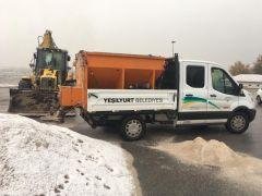 Yeşilyurt'ta karla mücadele