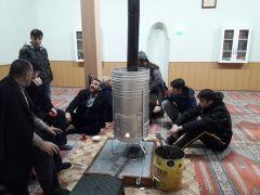 Muhtar Yiğit, depremden korkup evlerine giremeyenleri camilere davet etti