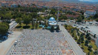 Malatya'da haftalar sonra ilk cuma namazı heyecanı