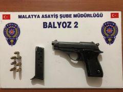 Malatya'da uyuşturucu ve silah ele geçirildi