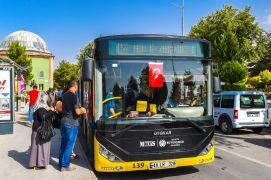 65 yaş üzeri vatandaşların otobüs biniş kartları kullanıma açıldı