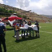 Asırlık nine, ambulans helikopterle sevk edildi