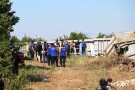 Tren kazasında kayıp makinistin arama çalışmaları sürüyor