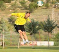 Yeni Malatyaspor'un, Kasımpaşa mesaisi sürüyor