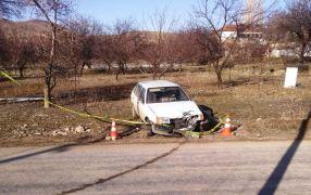 Motosiklet otomobil ile çarpıştı: 1 ölü