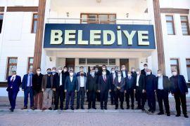 Yazıhan'ın muhtarlarından Başkan Gürkan'a teşekkür