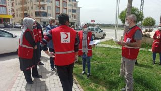 Türk Kızılayı Yeşilyurt Şubesi ihtiyaç sahiplerini unutmadı