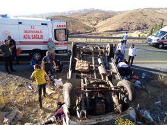 Malatya'da 2 ayrı trafik kazası: 14 yaralı