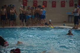 Malatya'da yüzme bilmeyen çocuklara ve gençlere ücretsiz kurs