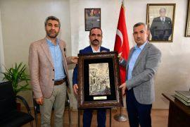 Başkan Çınar'dan MHP ve Ülkü Ocakları'na ziyaret