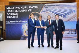 Malatya Büyükşehir'in lisanslı depo ile kongre fuar merkezi projelerine ödül