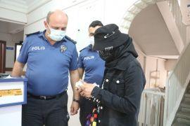 Para dolu cüzdanını kaybetti duyarlı vatandaş bulup polise teslim etti